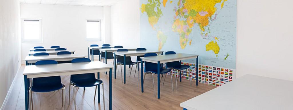location de salle de reunion disposition écolier à Nîmes